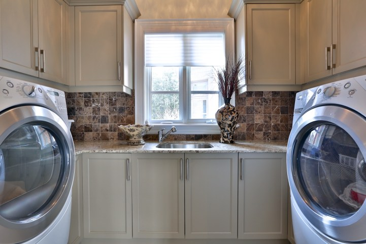 12 The Bridle Path - Laundry Room