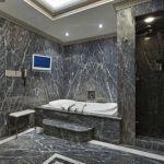 12 Macpherson Avenue - Master Bedroom Ensuite Tub