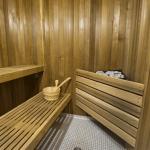 12 Macpherson Avenue - Sauna