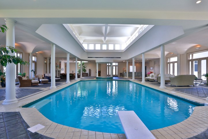 16 High Point Road - Indoor Pool