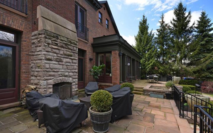 20 Elm Avenue - Exterior Deck Fireplace