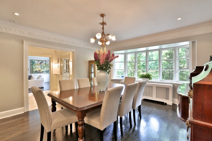 376 Russell Hill Road - Dining Room