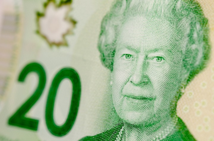 Canadian Weekly Wages Grow At Slowest Pace In 20 Years