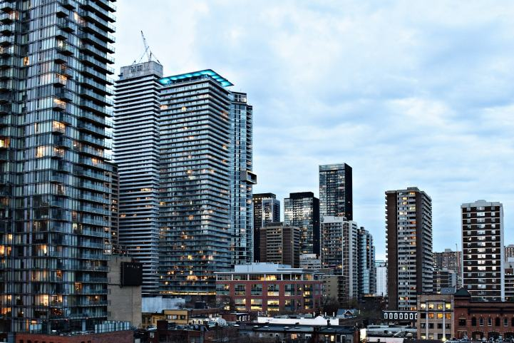 This Week's Top Stories - Canadian Real Estate Experiences The Largest Drop Since 2008, and New York Gears Up For A Speculator Crackdown