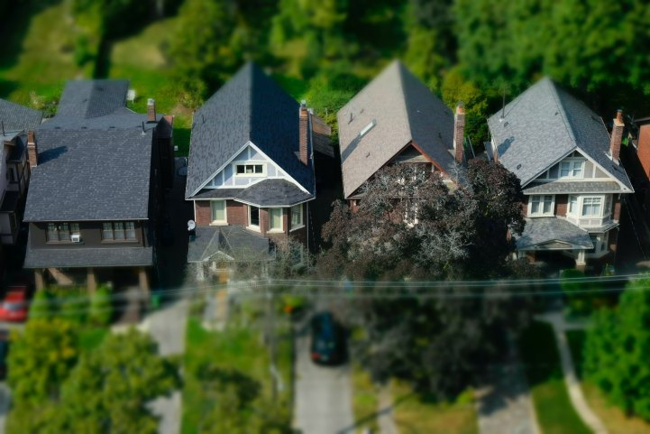 Toronto Detached Real Estate Buyers Have Lost Over $114K Since Last Year