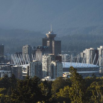 Vancouver Real Estate Prices Slide, With Typical Home Dropping $7,600 Last Month
