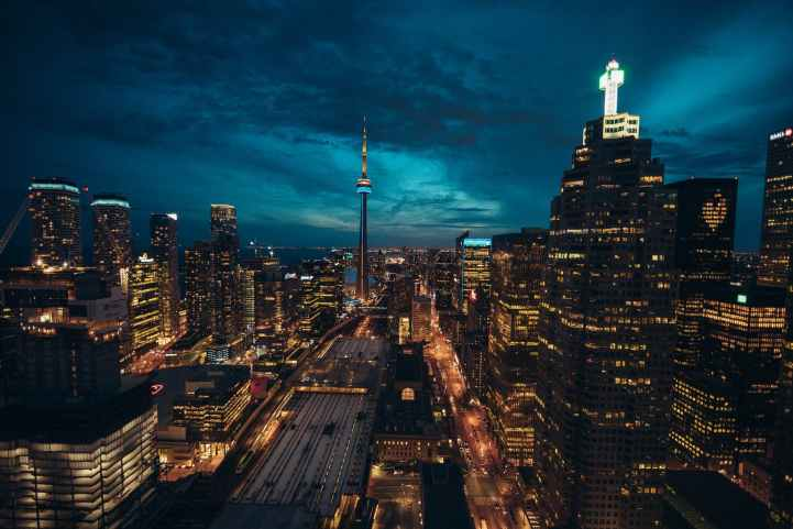 photo of toronto cityscape at night
