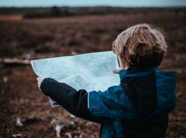 child looking a map waht to do with advance child tax credit payments
