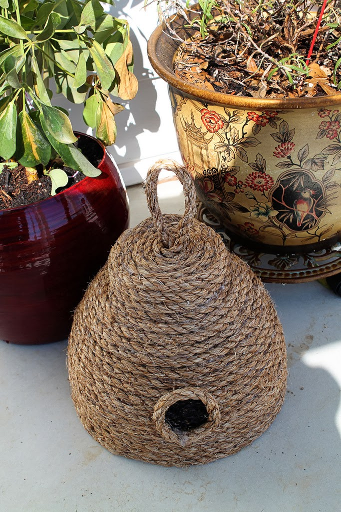 DIY Make This Super Cute Beehive For Your Front Porch For