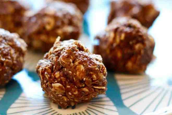 almond-pistachio-cocoa-bites