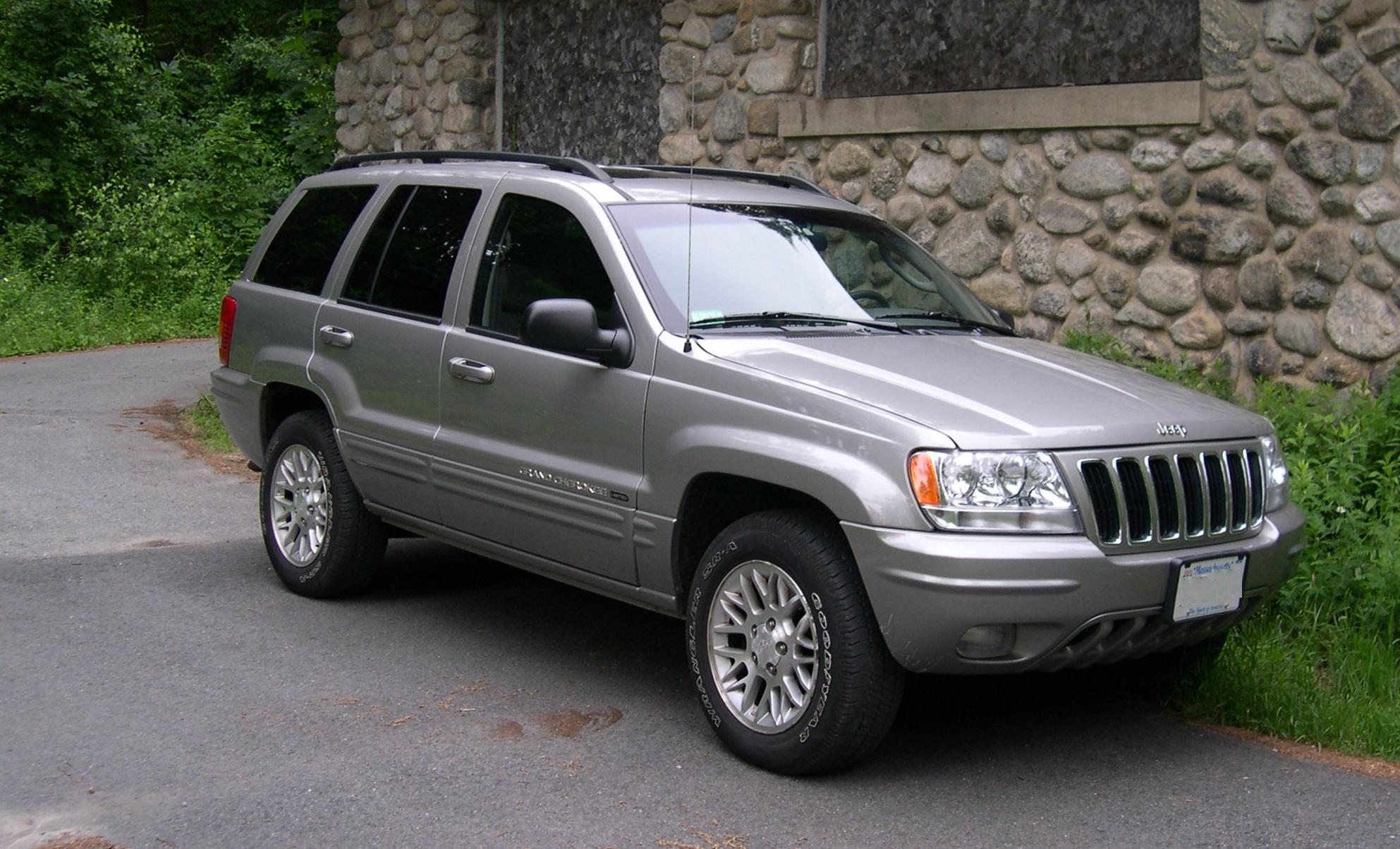 Jeep Grand Cherokee photo 01
