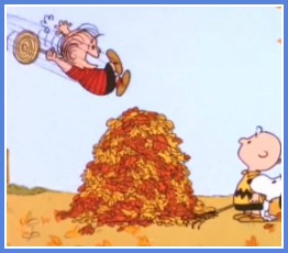 leaf-pile-charlie-brown