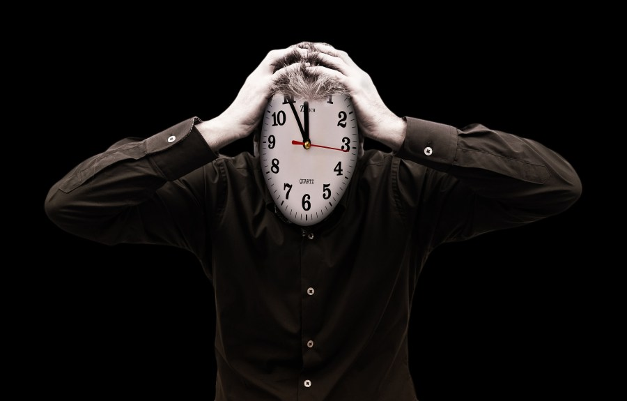 Poor time management cause stress and affects your performance.