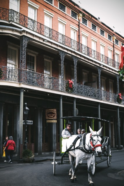 French quarter new orleans recommend visit. Cabildo history street view retro