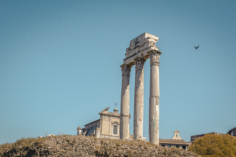 Roman forum Rome ruin must do list-most photogenic places in Rome