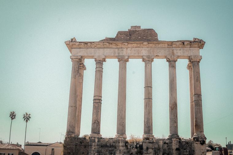 Temple of Saturn Tempio di Saturno in Roman Forum