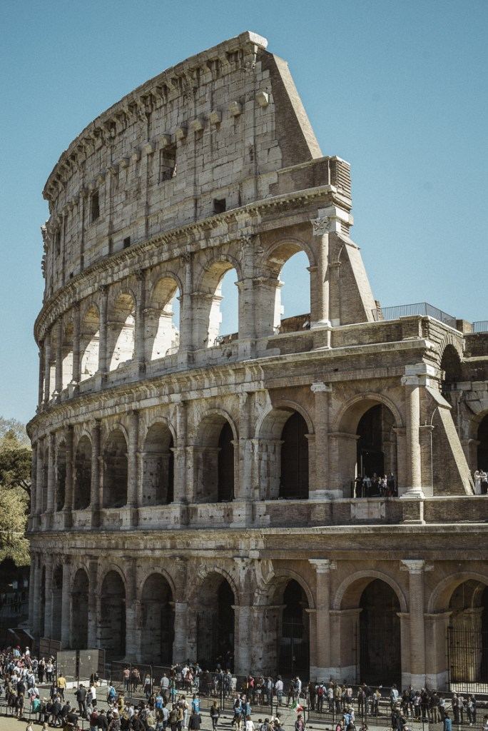 Colosseum tips-experience-most photogenic places in Rome