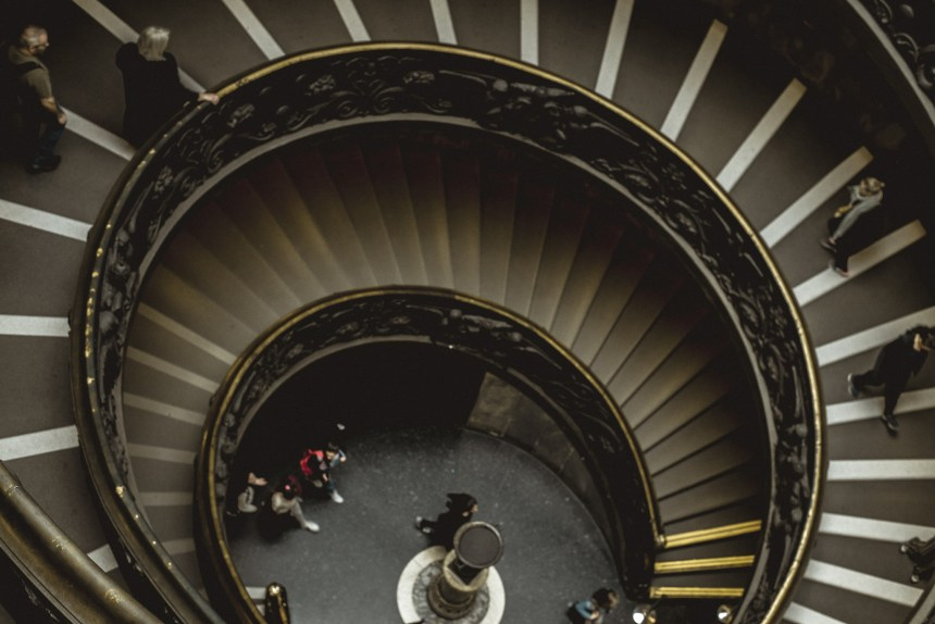 spiral staircase by Giusse Momo in Vatican museum