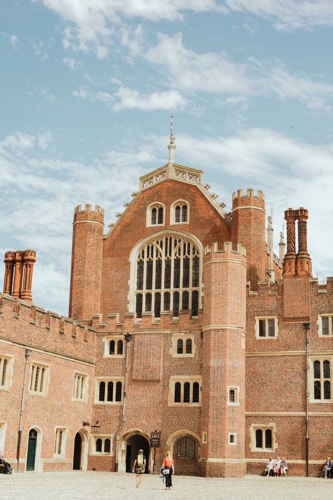 Hampton court palace Henry VIII london experience