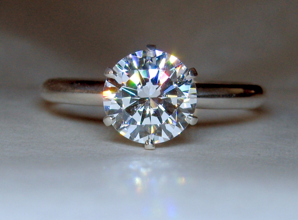 7.5mm H Asha H&A in Regal Reproduction Ring. Ring size 8.5 and is Valorium.