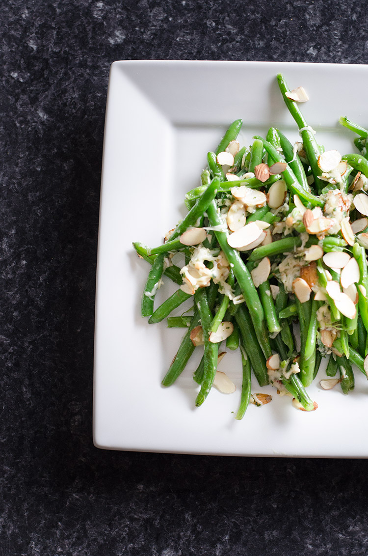 Parmesan Almond Green Beans | www.betterwithfamily.com