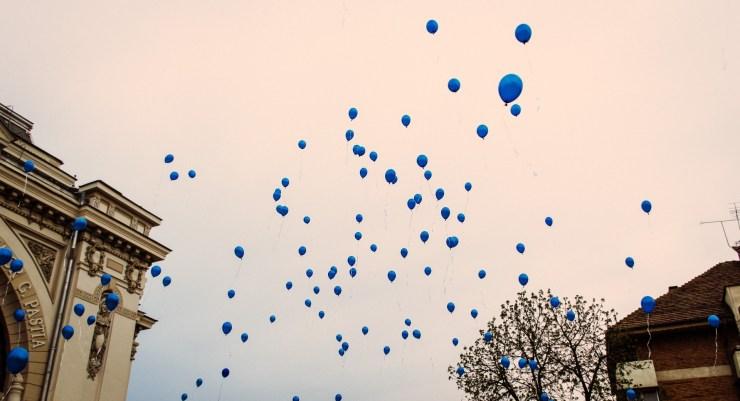 balloons-1318147_1920