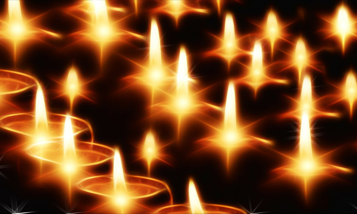 candles-141892_1920