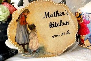 "Szyld ""Mother's Kitchen"""