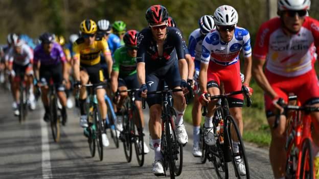 Vuelta a Espana: David Gaudu wins Stage 11 after start is delayed