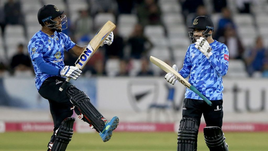 Rashid Khan escapes into the moment to sneak Sussex into Finals Day
