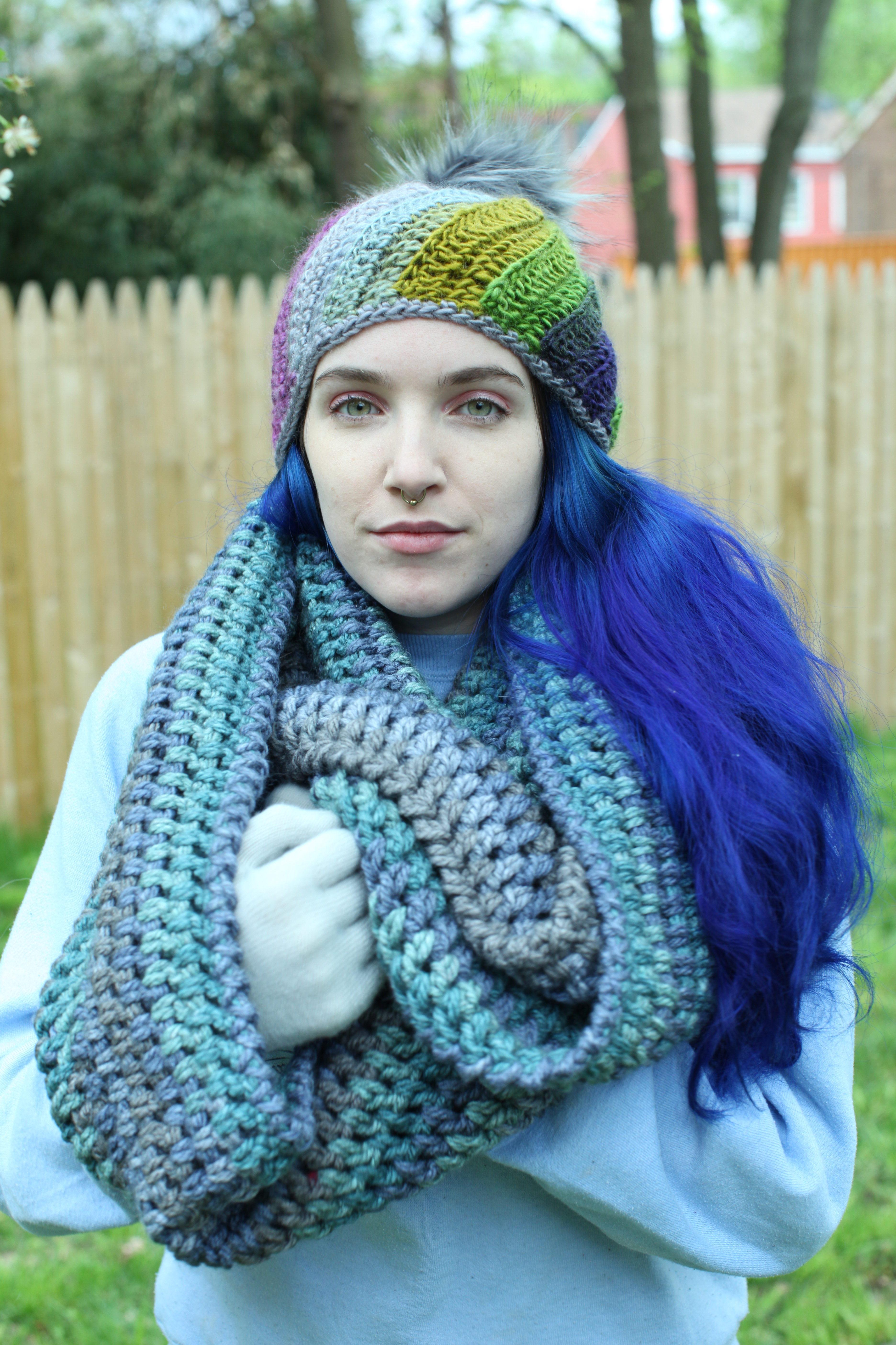 Crochet A Mobius Scarf