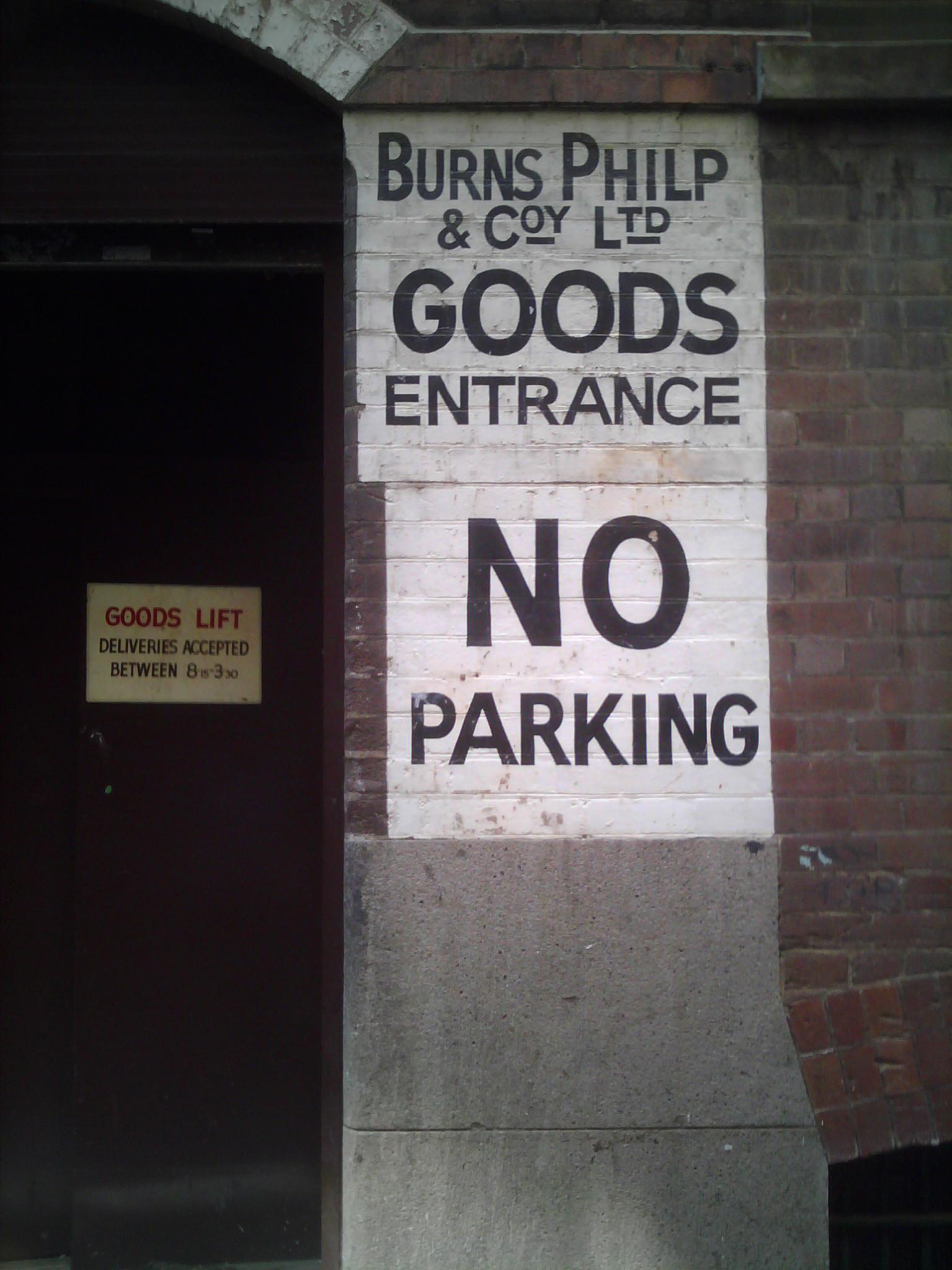 Bridge Lane painted signs
