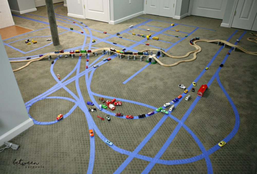 DIY Boys Rainy Day Activity. WIll keep them busy for hours. Betweencarpools.com