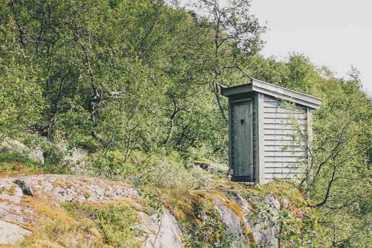 Toilet Trolltunga Trail Norway Lena