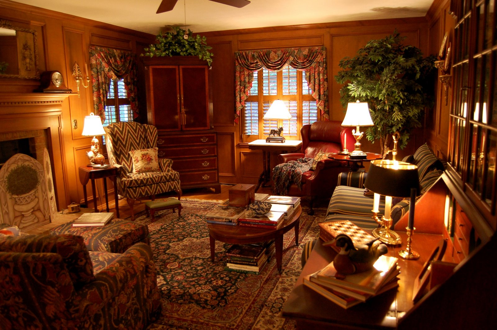 Living Room Decorated In English Country Style Hunt Theme
