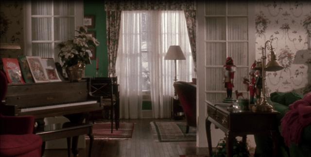 Tour The Home Alone Christmas Movie House