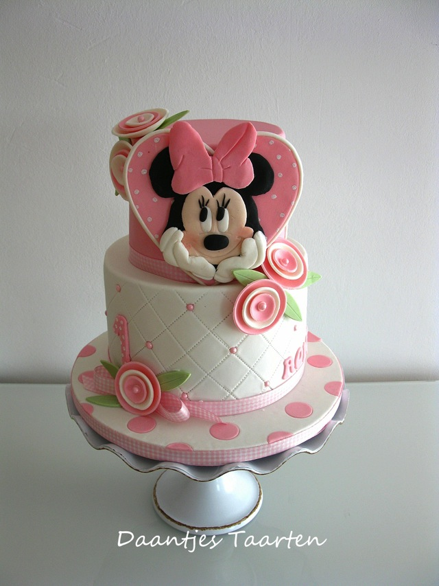 Pretty Minnie Mouse First Birthday Cake Between The Pages Blog