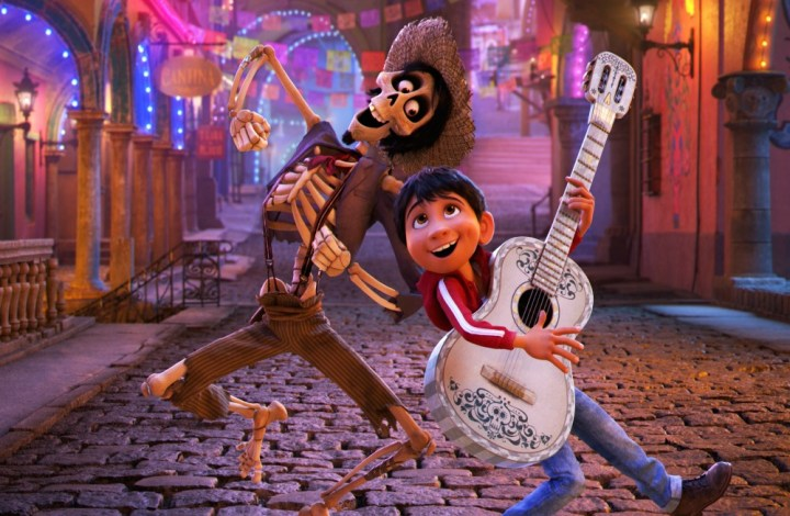 New trailer and poster for Disney-Pixar's Coco, in theaters this Thanksgiving