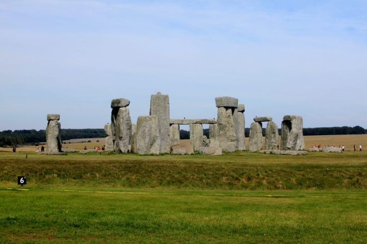 Stonehenge - Ultimate travel guide to UK