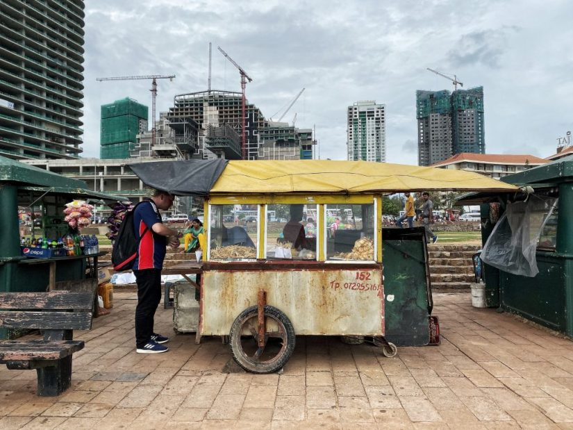 Delicious street food in Colombo