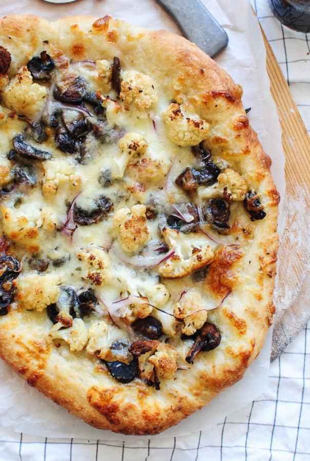 Roasted Cauliflower and Mushroom Pizza / Bev Cooks