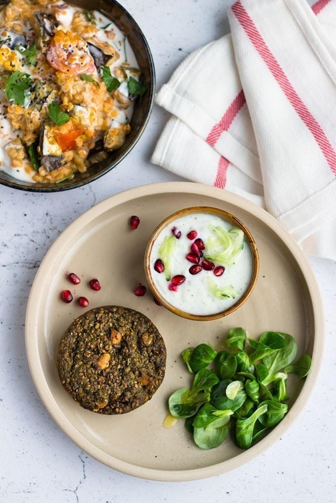 recette végétalienne curry aux lentilles et raita au concombre