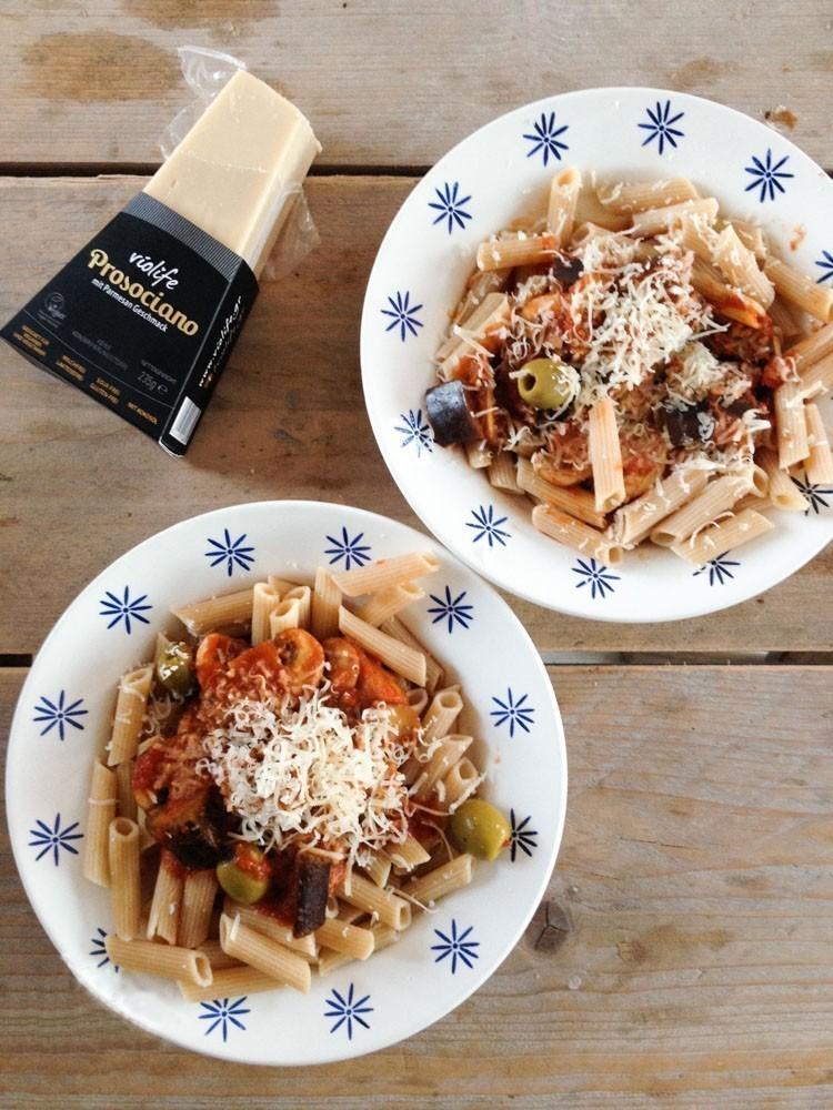 veganistisch recept pasta met aubergine