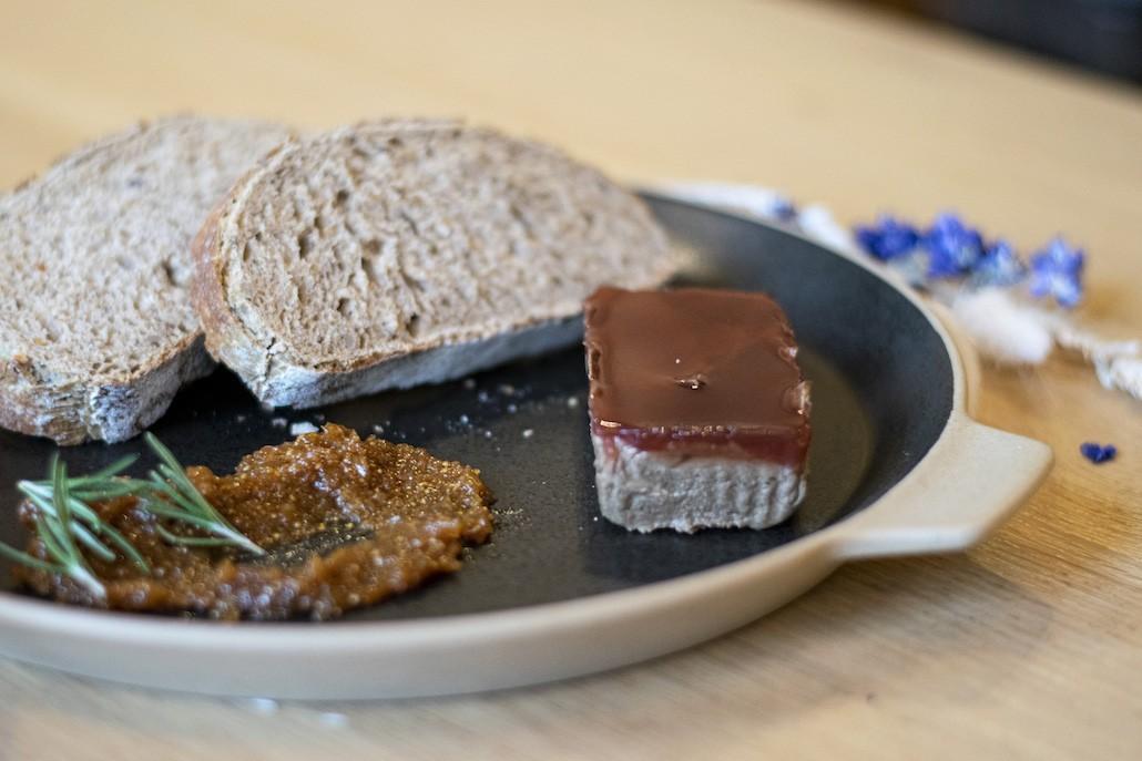 recept veganistische champignonpaté met walnoten en glazuur van porto en rodewijnazijn