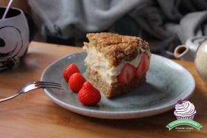 vegan dessert met aardbeien