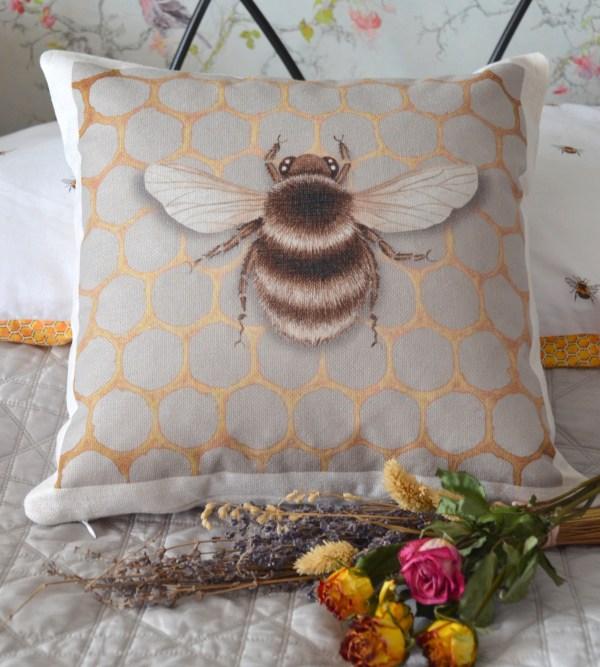 Bee on Honeycomb cushion