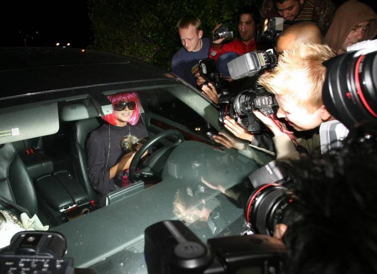 How To Deal With Paparazzi And Media Lies Beverly Hills