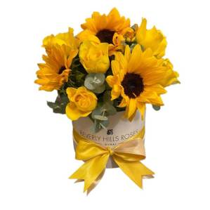 Yellow roses & Sunflowers in 'Dazzle'