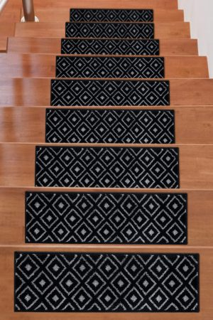 Soft Rug Stair Treads Trellis Design - Black