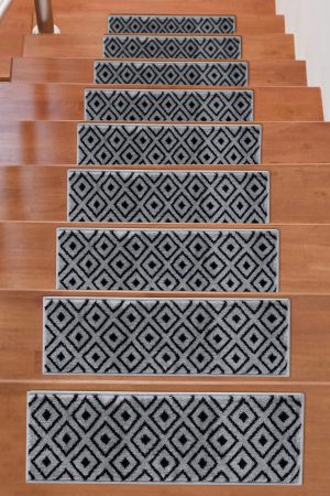 Soft Rug Stair Treads Trellis Design - Dark Grey